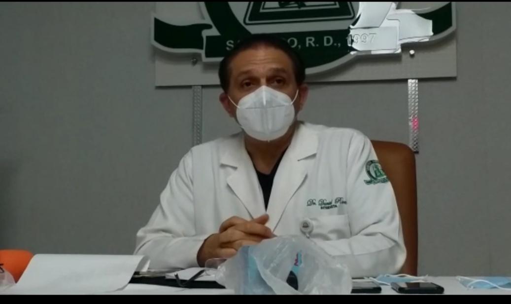 Doctor Daniel Rivera informa Abel Martínez está muy bien; estable de buen ánimo y sigue trabajando desde su habitación