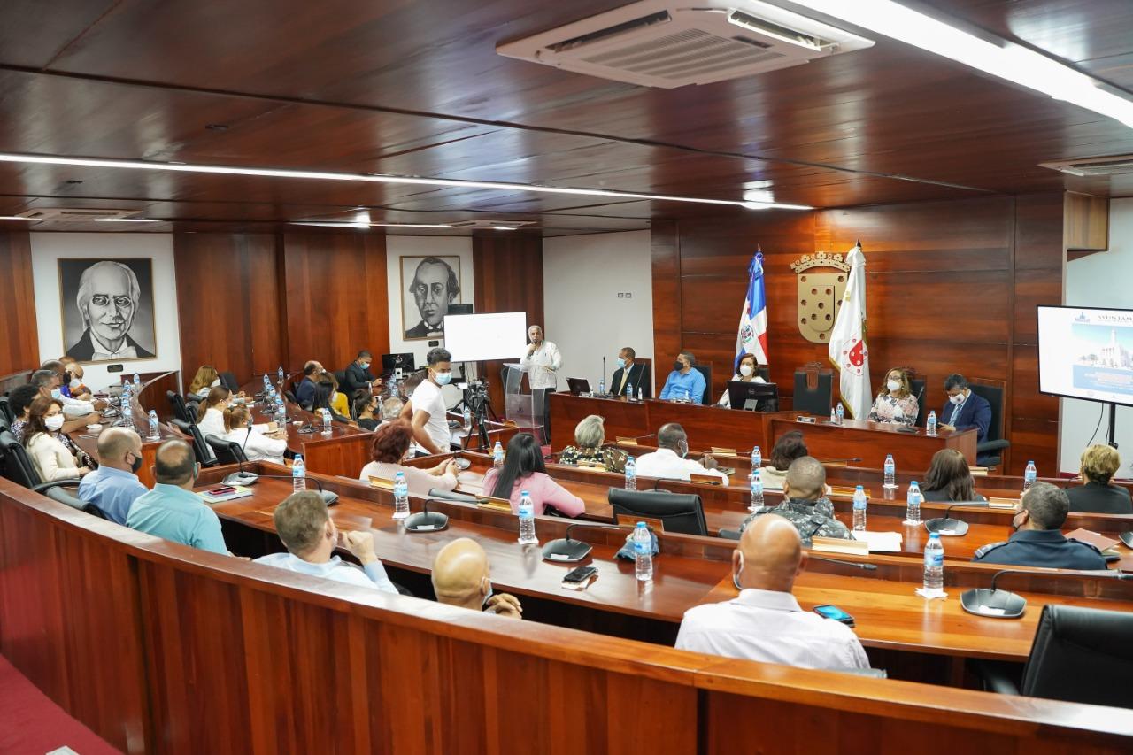 Ayuntamiento de Santiago celebra importante taller sobre Seguridad, Ciudadanía y Género