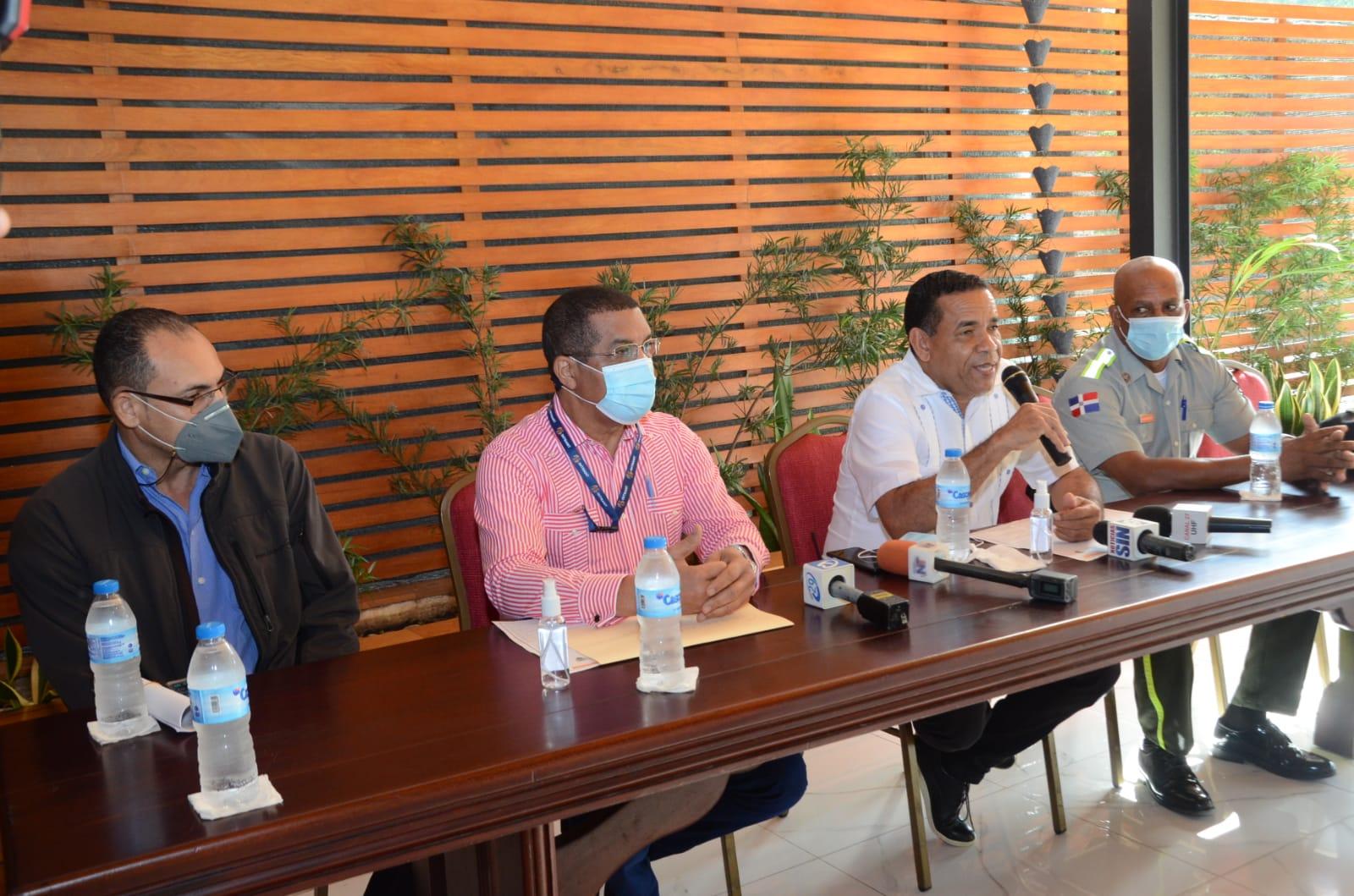 Ayuntamiento de Santiago, DIGESETT y el INTRANT pondrán en ejecución plan de movilidad durante Navidad