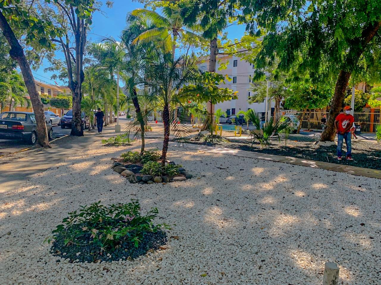 Alcalde Abel Martínez entrega completamente remozado el parque del Reparto Montero