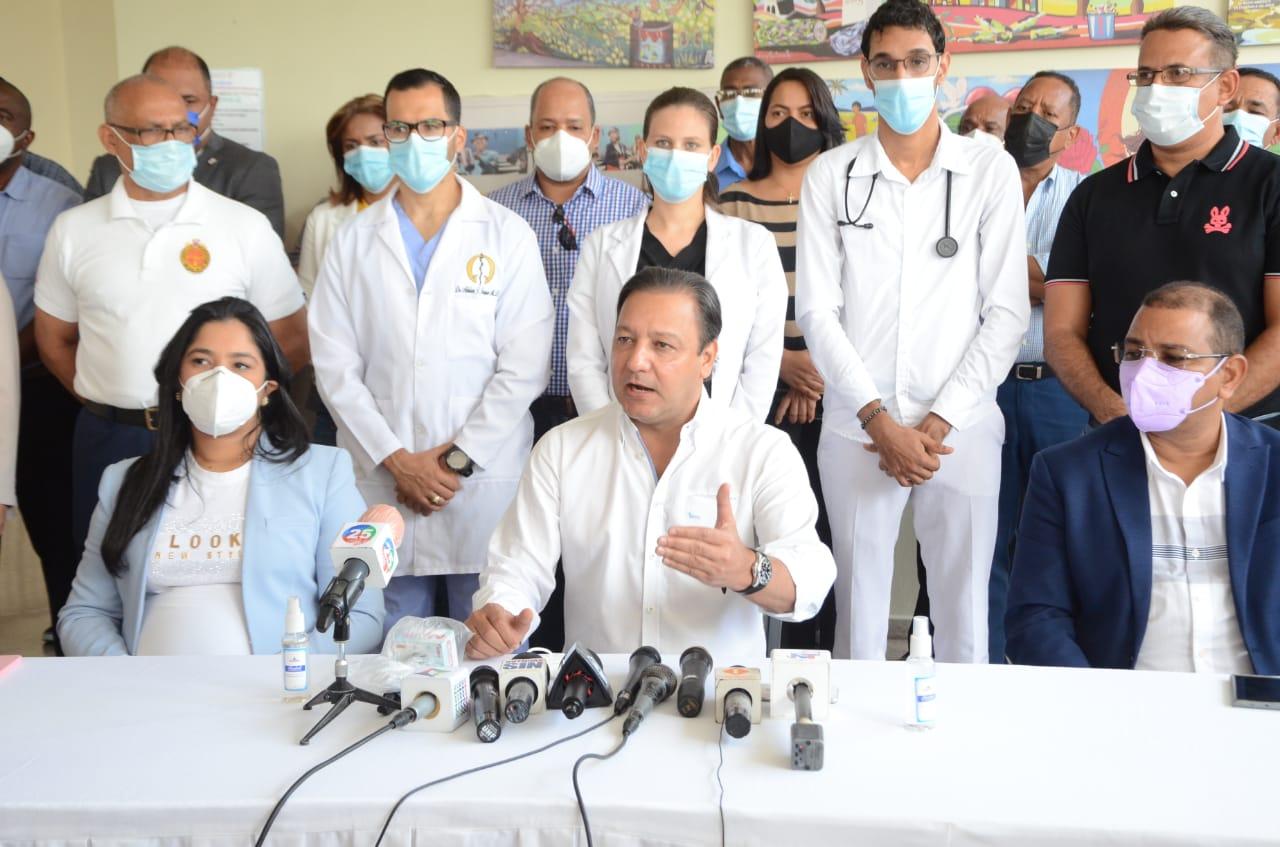 Alcalde Abel Martínez pone a disposición del Gobierno el personal y bienes municipales para programa vacunación