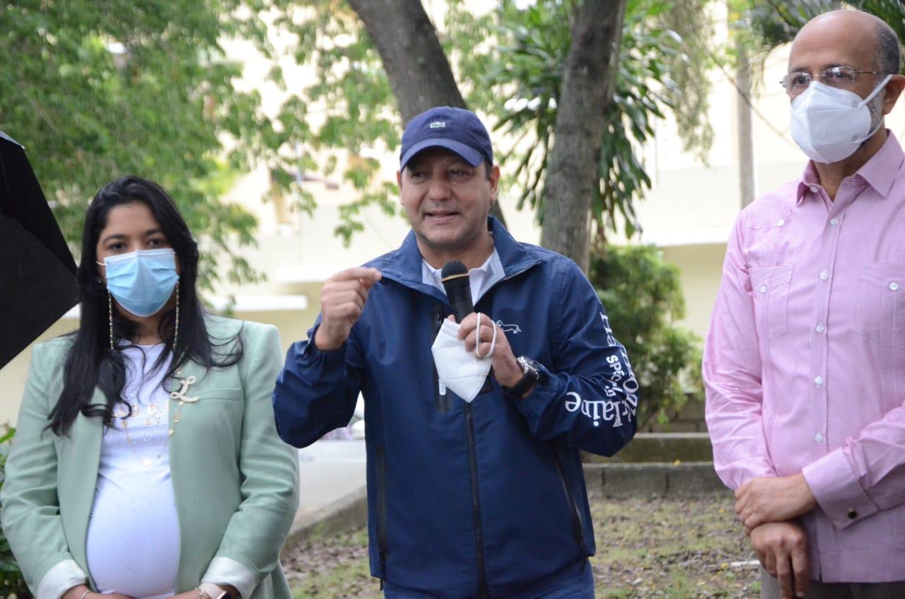 Alcaldía Santiago construirá parque Napier Díaz en La Zurza II y Reparto Tavarez Oeste