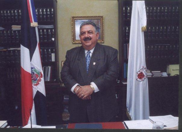 Concejo Regidores de Santiago rendirá honores al fenecido ex alcalde José Enrique Sued