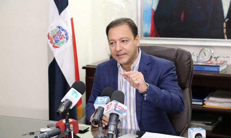 Lee más sobre el artículo Abel Martínez pide al Gobierno excluir a Santiago del toque de queda