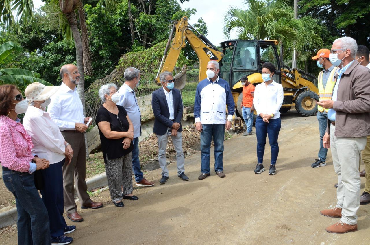 Lee más sobre el artículo Alcaldía Santiago interviene área del Reparto Tavares para construir muro de gaviones