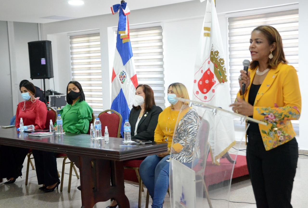 Lee más sobre el artículo Comisión de Género Ayuntamiento Santiago y PROSOLI impulsan políticas para erradicar violencia hacia la mujer y las niñas