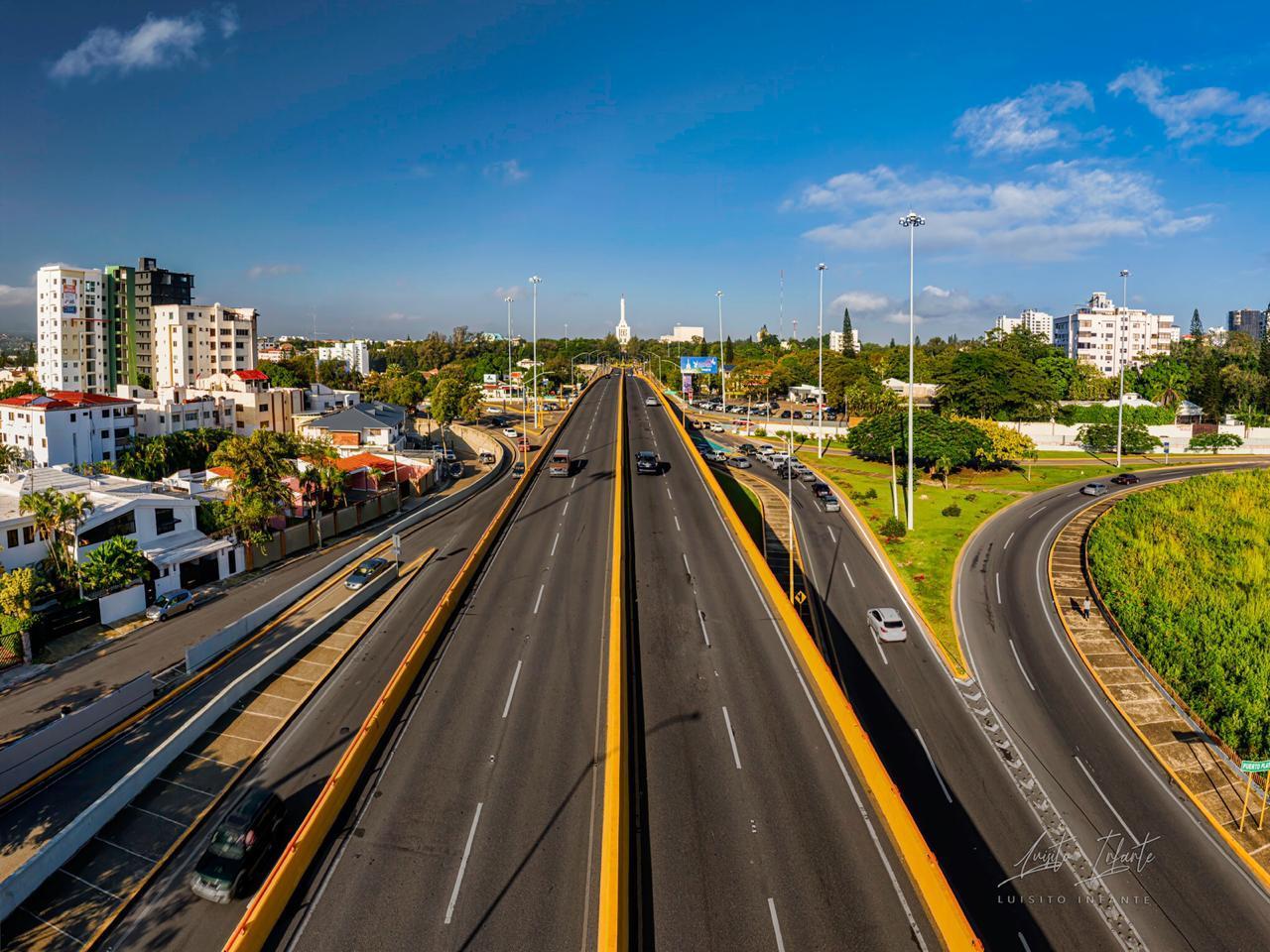 Lee más sobre el artículo Abel Martínez convirtió a Santiago en el centro de atención de todo el país